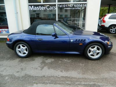 BMW Z3 Convertible1.9 2dr Sports Car - 74282 miles 2 owners Convertible Petrol Blue Metallic